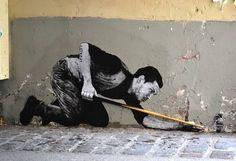 Sur le trottoir ou... sur le billard ? / Street Art. / By Charles Leval.