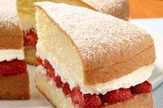 Victoria sponge recipe. Fresh strawberries and cream filling! A baking delight