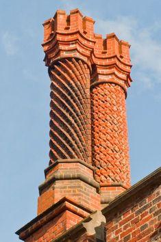 Hampton Court Palace photo, Tudor chimneys