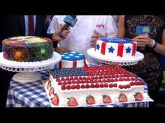 Buddy Valastro's 4th of July Cakes