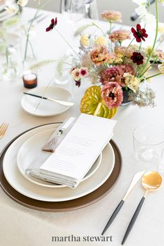 Stafford used ceramic stoneware and black-and-gold flatware from Theoni Collection for the slim-lined place settings with scale in mind. Understanding the size of the available surface plays heavily into designing a beautiful yet functional table. #weddingideas #wedding #marthstewartwedding #weddingplanning #weddingchecklist Wedding Reception Centerpieces, Wedding Reception Decorations, Floral Centerpieces, Wedding Ceremony, Loft Wedding, Wedding Place Settings, Groom Boutonniere, Bride Accessories, Event Design