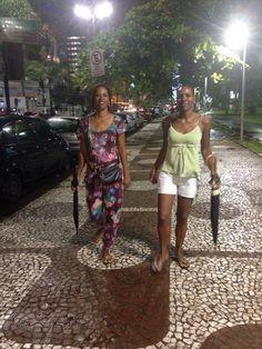 Em Santos - Rita, minha irmã e eu...