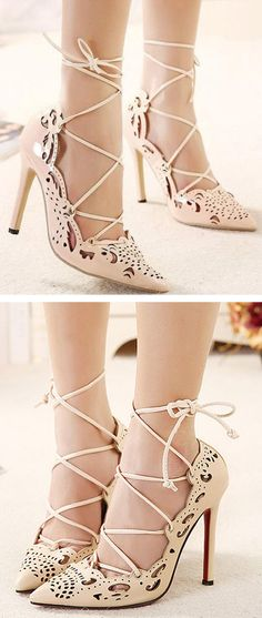 Nude Cut Out Pumps ❤︎