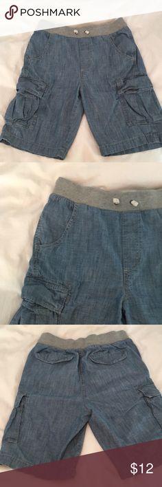 Gap kids elastic waist chambray shorts Like new gap kids elastic waist chambray shorts. Cargo pockets. Drawstring waist. Size XL (12) husky. GAP Bottoms Shorts