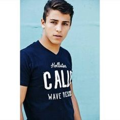 TANNER ZAGARINO / MODEL !