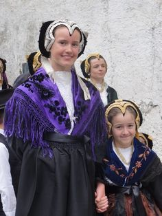 French girls in traditional clothing - Savoy