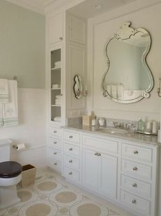 Suzie: Phoebe Howard - Chic master bathroom with white single bathroom vanity with marble ...