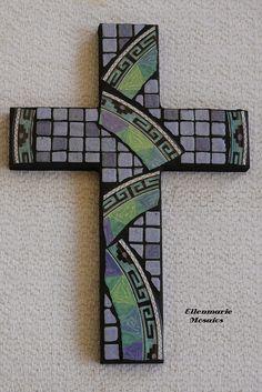 "6 x 9"" cross  using broken plate and ceramic mini tiles"