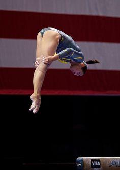 Samantha Shapiro (United States) on balance beam at the 2012 Visa Championships