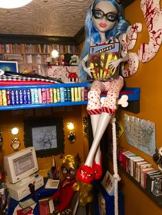 Room 7 Library & Office below with bedroom of Monster High doll , Ghoulia Yelps up above it! Befitting for a zombie nerd!  http://www.superbuddiesforever.com/ #monsterhighdollhouse #dollbed