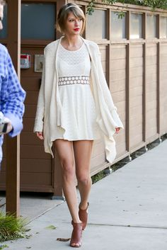 Taylor Swift on Jan. 14, 2015, in Los Angeles. - Cosmopolitan.com