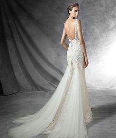 pronovias-bridal-gowns-spring-2016-fashionbride-website-dresses-155