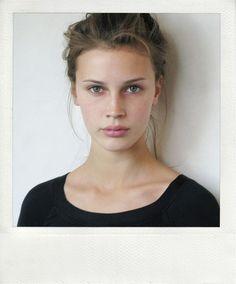Marine Vacth / jeune et jolie . Famous . Women. Pretty