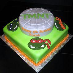 "Teenage mutant ninga turtles cake Add: square cake - ""brick"" Turtles - 3D cake pop & fondant"