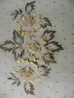 This Pin was discovered by Mru Zardozi Embroidery, Tambour Embroidery, Bead Embroidery Patterns, Hand Work Embroidery, Couture Embroidery, Hand Embroidery Stitches, Hand Embroidery Designs, Embroidery Techniques, Ribbon Embroidery