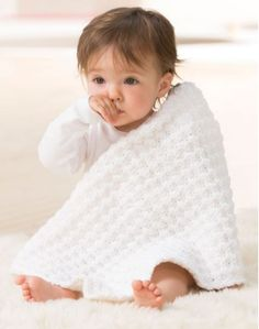 So Soft One Skein Security Blanket | This tiny crochet baby afghan pattern is perfect for newborns.