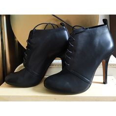 Julianne Hough heels by Sole Society Classy and versatile heels, in good condition with gentle signs of wear (shown in photos). Sole Society Shoes Heels