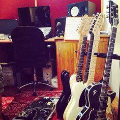 Em dia de gravina! #fender #duesenberg #gel #yamaha #protools #guitar #rec