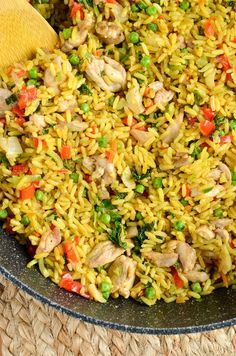 Slimming Eats Low Syn Coconut Chicken Curry Rice - gluten free, dairy free, vegetarian, Slimming World, and Weight Watchers friendly (Curry Rice Recipes) Slimming World Dinners, Slimming World Chicken Recipes, Slimming Eats, Slimming World Recipes, Slimming Word, Low Carb Dinner Recipes, Diet Recipes, Cooking Recipes, Healthy Recipes
