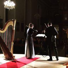 Gestern dann noch in Frankreich konzertiert beim Rheinischen Frühling. Danke an das liebe Publikum das trotz Schneesturm so zahlreich gekommen ist! . . . #twiolinsontour #klassikfestival #rheinischerfrühling #musicianslife #violin #violine #geige #violinplayer #violinduo #harp #paulinehaas #violinist #violino #violinists #musiciansdaily #musiciansofinstagram #classicalbuzz #orschviller