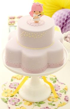 Conchinha's birthday cake - Little Twin Stars