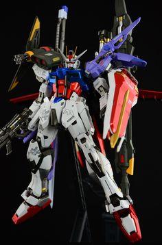 MG 1/100 GAT-X105 Perfect Strike Gundam: Work by slimeponpon. Full photoreview Wallpaper Size Imageshttp://www.gunjap.net/site/?p=173687