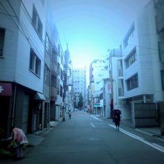 Kenichi Kamio - Midoshirocho from Today's piano piece  Aug.15th,2015  Healing piano no.1232 「美土代町」お盆、ひとまばら。