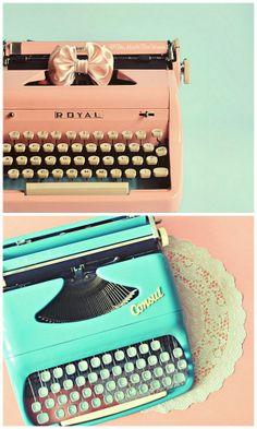 Er zijn nog plekjes voor de workshop 'Doe eens gek, maak je eigen sprookje!' door Laura Stassen van Zin & VerZin! Doe je ook mee? Dit is je kans om eens zo'n leuke vintage typemachine uit te proberen! Meer info: http://www.elleaimeworkshops.blogspot.nl/2013/05/workshop-doe-eens-gek-maak-je-eigen.html #vintage #typewriter