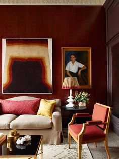 In the study of Douglas Mackie's Marylebone flat, there is plenty of inspiration for a living room. Oxblood red walls provide a dramatic backdrop for a portrait by Spanish-Cuban artist José Segura Ezquerro and a lampshade made from an antique sari. Best Interior, Home Interior Design, Interior Decorating, Luxury Interior, My Living Room, Living Spaces, Soft Seating, Red Walls, Color Of The Year