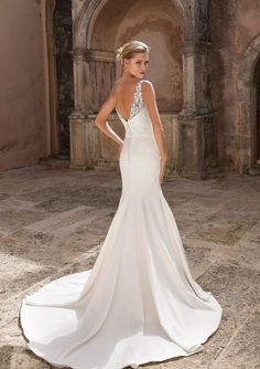 Justin Alexander Bridal 88045 Venice Lace and Crepe Fit and Flare Dress Fit And Flare Wedding Dress, Long Sleeve Wedding, Wedding Dress Sleeves, White Wedding Dresses, Designer Wedding Dresses, Bridal Dresses, Wedding Gowns, Flare Dress, Fit And Flair