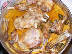 Friptura de miel la tava Lamb Recipes, Martha Stewart, Pork, Turkey, Chicken, Honey, Kale Stir Fry, Turkey Country, Pork Chops