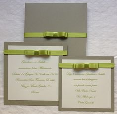 partecipazione matrimonio elegante con iniziali a rilievo e fiocco chanel