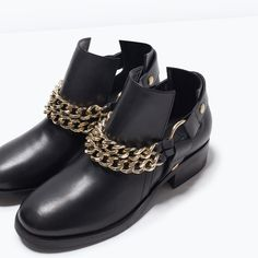Image 4 of LEATHER ANKLE BOOTS WITH CHAINS from Zara