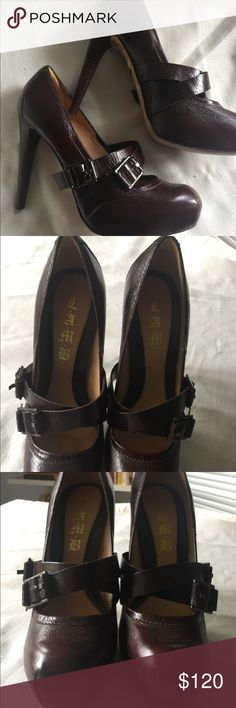 """L.A.M.B. Finsbury Brown stilettos size 9.5 Excellent condition Dark Brown Finsbury platform stilettos by L.A.M.B. Hardly any wear to them at all  no scuff marks or scratches. Normal use on the bottom of shoe. These are 9.5 women's. They run true to size. And they are 5"""" in height. I have the box they came in. L.A.M.B. Shoes Heels"""