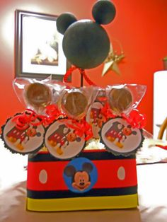 Mickey chocolate pops