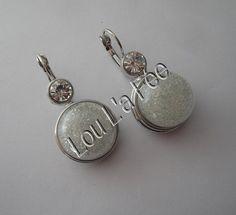 boucles d'oreilles boutons-pression strass et micro billes transparentes coloris blanc : Boucles d'oreille par lou-l-a-fee-creations-bijoux-fantaisie