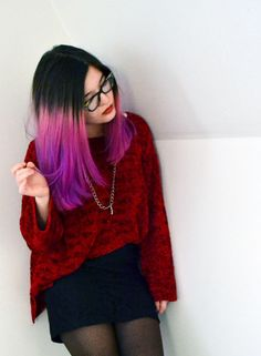 Some easy DIY ways to color your hair! I havent tried the chalk yet, but the markers work wonders. :) such a great way to change your look with out the commitment or damage of a die. :D hair Dip Dye Hair, Dyed Hair, Dip Dyed, Purple Hair, Ombre Hair, Purple Ombre, Purple Tips, Bright Purple, Pastel Pink