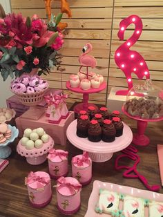 Flamingo Birthday Party Idea-Festa De Flamingos — The Iced Sugar Cookie Pink Flamingo Party, Flamingo Baby Shower, Flamingo Decor, Flamingo Birthday, 18th Birthday Party, Pink Flamingos, Pool Party Decorations, Party Themes, Deco Buffet
