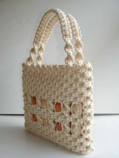 Image Hosting by PictureTrail.com... Free tutorial for making this macrame purse!!