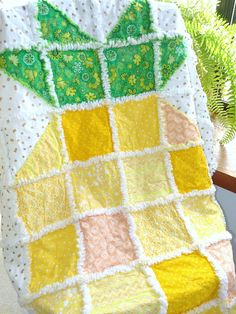 Rag Quilt, Pineapple Rag Quilt, Rag Quilts for Sale, Pineapple Quilt, Pineapple Throw, Home Decor, Pineapple Rag Quilt, Pineapple gifts