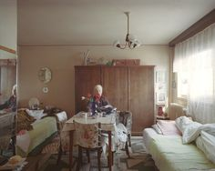 Auch das Ehepaar Ene lebt in dem Plattenbau seit seiner Fertigstellung. Seit 48 Jahren ist die Wohnung im achten Stock ihr Zuhause.