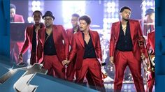VIDEO: Music News Pop: Bruno Mars' Mom Reportedly Hospitalized By Heart Attack! - http://ontopofthenews.net/2013/06/01/entertainment/video-music-news-pop-bruno-mars-mom-reportedly-hospitalized-by-heart-attack/