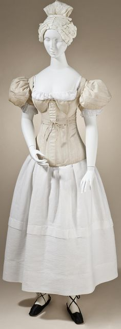 1830s - Sleeve plumpers