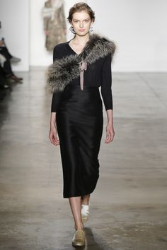 Brock Collection Fall 2016 Ready-to-Wear Fashion Show - Sophie Kanny