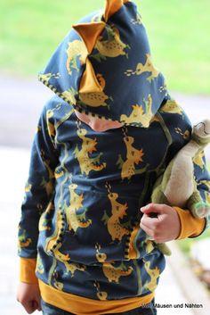 costuras preciosas para niños y mayores deratonesycosturas vonmaeusenundnaehten.blogspot.com.es Cowls, Dressmaking