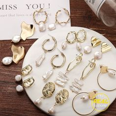 Shop & Buy Vintage Gold Drop Earrings For Women Brincos Geometric Drop Earring Big DIY Wedding Irregular Freshwater Pearl Jewelry Online from Aalamey Tiny Stud Earrings, Gold Drop Earrings, Simple Earrings, Crystal Earrings, Women's Earrings, Earrings Online, Emerald Earrings, Pearl Jewelry, Bridal Jewelry