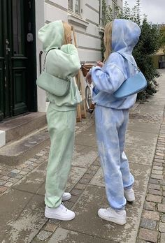 Teen Fashion Outfits, Mode Outfits, Retro Outfits, Stylish Outfits, Matching Outfits Best Friend, Best Friend Outfits, Cute Friend Pictures, Best Friend Photos, Outfit Invierno