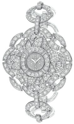 """Particulière"" Chanel - Fine Jewelery collection in 18K white gold set with Brilliant Cut Diamonds"