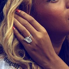 celebrity engagement ring Beyonce - From oval- to round- to emerald-cut and from diamonds to sapphires to emeralds, these fabulous celebrity engagement rings are seriously lustworthy. Beyonce Wedding Ring, Emerald Cut Engagement, Engagement Ring Photos, Solitaire Engagement, Wedding Rings, Celebrity Rings, Celebrity Engagement Rings, Expensive Engagement Rings, Engagement Rings