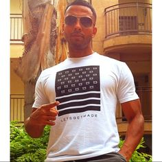 Thee Christian Keyes! Christian Keyes, Godly Man, All About Eyes, Sexy Men, Eye Candy, Short Hair Styles, Tank Man, Photo And Video, Don't Care